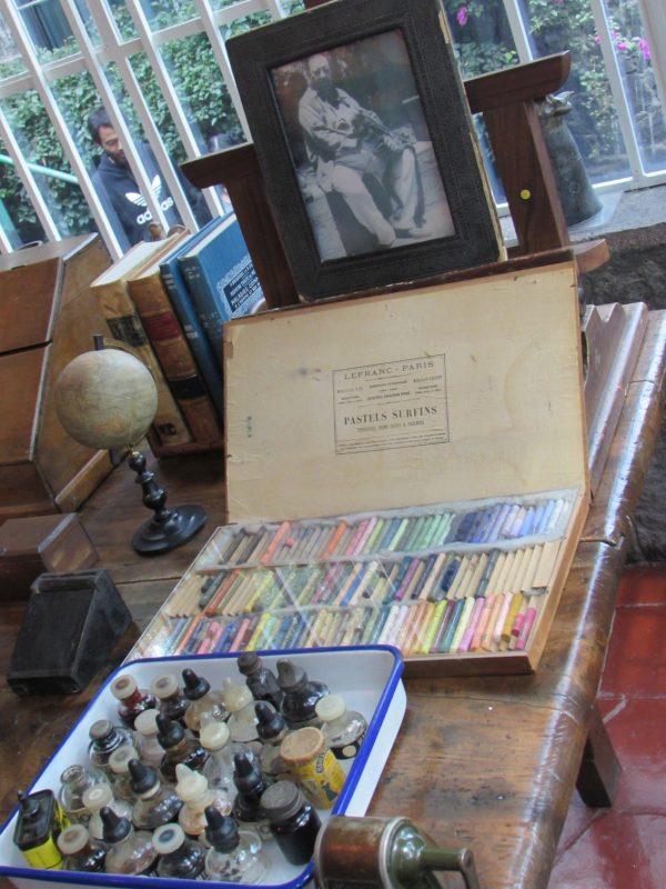 Gabinete de trabalho de Rivera, na Casa Azul: gênios dele e Frida Khalo criaram juntos