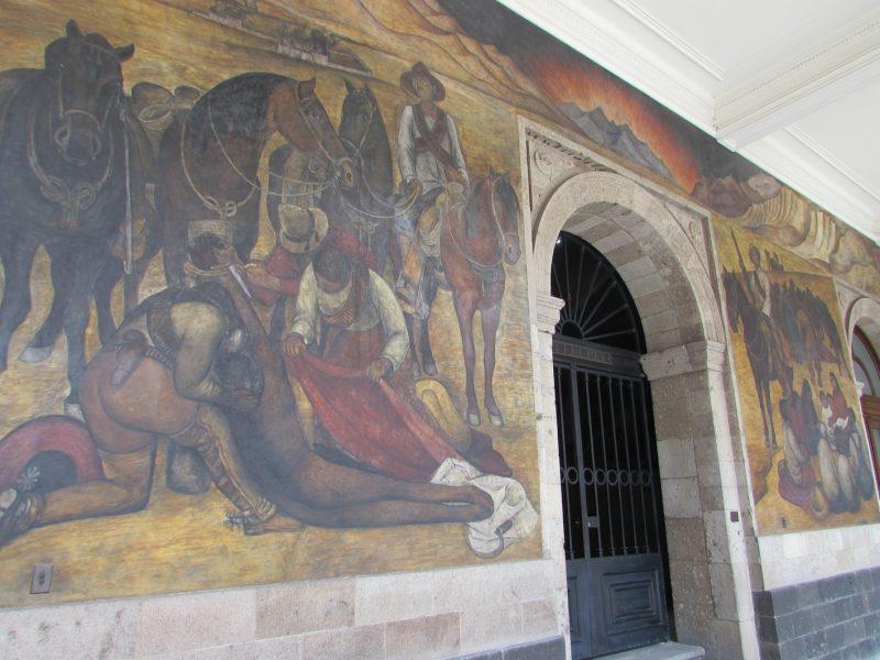 Mural de Diego Rivera nas paredes da Secretaria de Educação Pública: tesouro