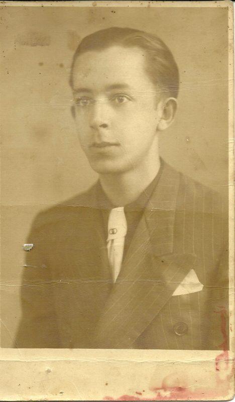 Benedito Rocha quando era adolescente: estudos no Ginásio Anchieta, na antiga Bonfim. / Foto: Acervo da família