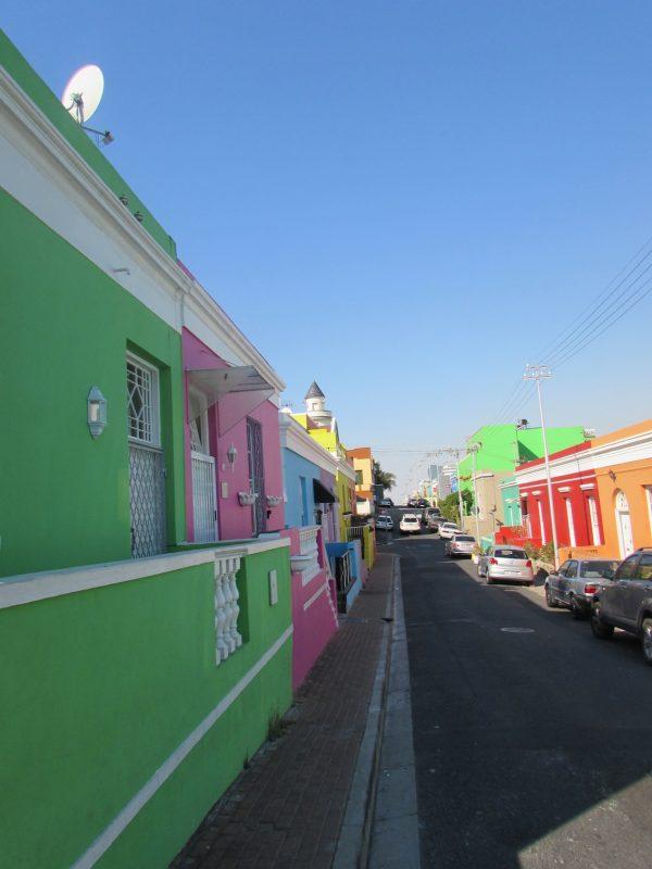 As casinhas coloridas de Bo-Kaap: beleza em um bairro malaio e islâmico. / Foto: Rogério Borges