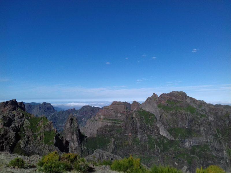 Região dos maiores picos da Ilha da Madeira: vistas sem igual. / Foto: Rogério Borges