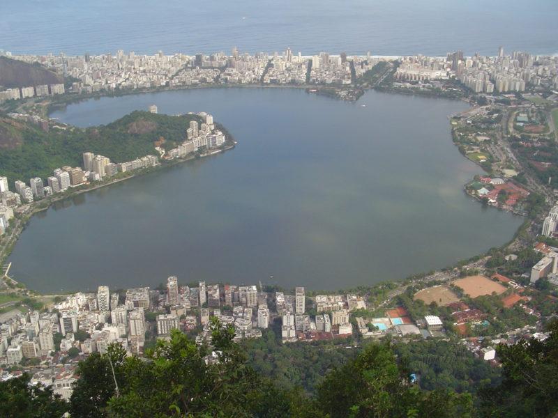 Lagoa Rodrigo de Freitas: uma cidade cheia de cartões-postais, mas em eterna crise. / Foto: Rogério Borges