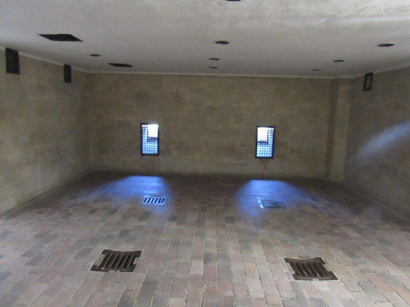 Câmara de gás em Dachau: salas da morte. / Foto: Rogério Borges