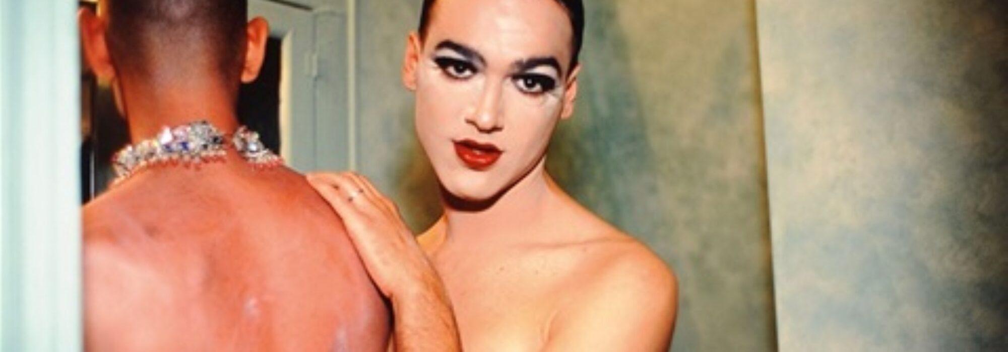 Imagem: Jimmy Paulette and Tabboo in the Bathroom (Nan Goldin, 1991)