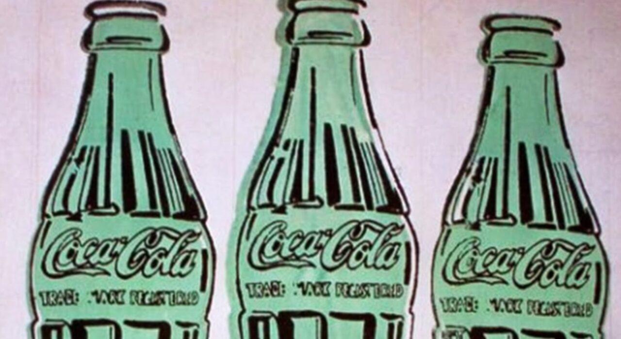Imagem: 3 Coke Bottles (Andy Warhol, 1962, detalhe)